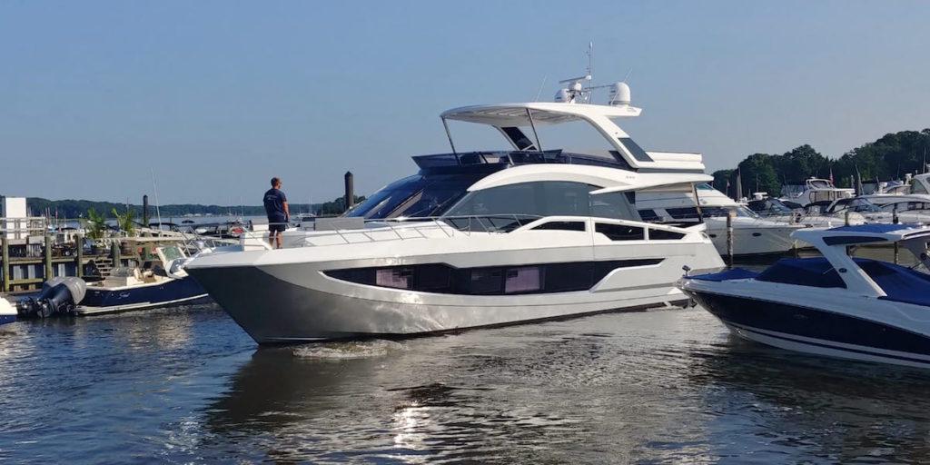 640-Galeon-Boat-Wrap