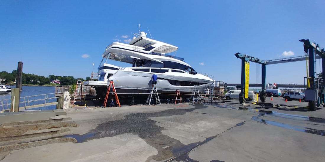Vinyl-wraps-for-Yachts